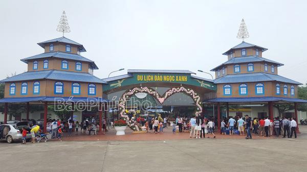 Thanh Thủy - Các khu du lịch kín khách trong kỳ nghỉ lễ