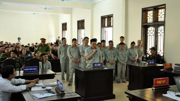 Phú Thọ: Xét xử sơ thẩm vụ án mua bán trái phép chất ma tuý và tàng trữ trái phép vũ khí quân dụng