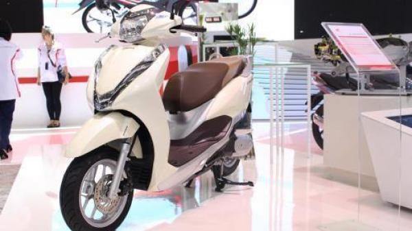 HOT: Honda Việt Nam chính thức công bố giá xe LEAD phiên bản 2017