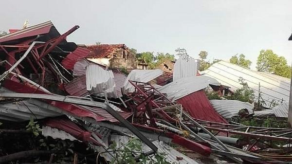 Lốc xoáy cục bộ, một huyện Phú Thọ thiệt hại hơn 650 triệu đồng