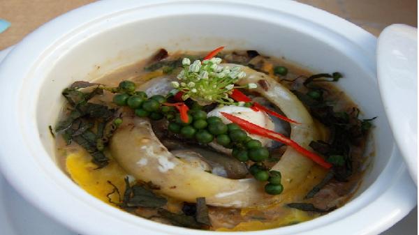 Thí sinh Hoa hậu Hữu nghị ASEAN trải nghiệm tinh hoa ẩm thực Phú Yên