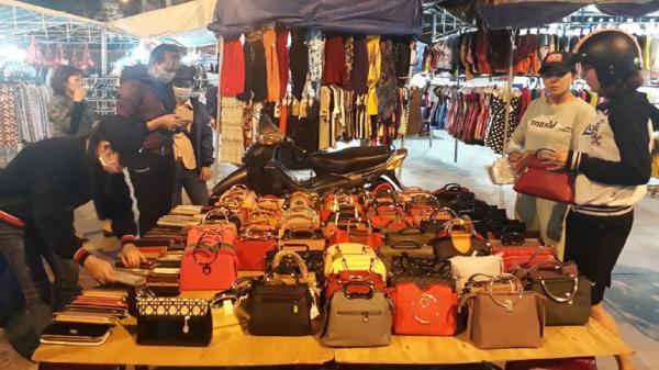 Nhộn nhịp chợ đêm Tuy Hòa