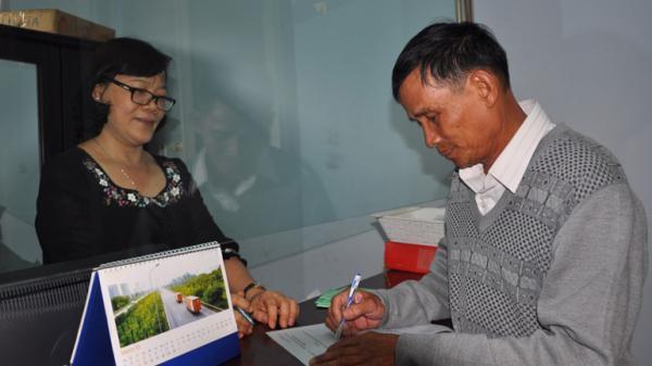 Phú Yên: Một nhân viên đại lý thu bảo hiểm tiêu biểu.