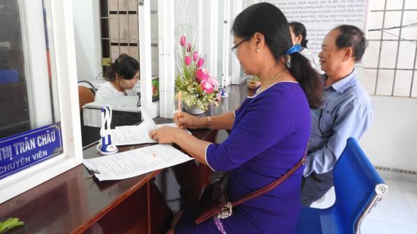 Phú Yên gấp rút bàn giao sổ bảo hiểm xã hội: Đảm bảo quyền lợi cho người lao động