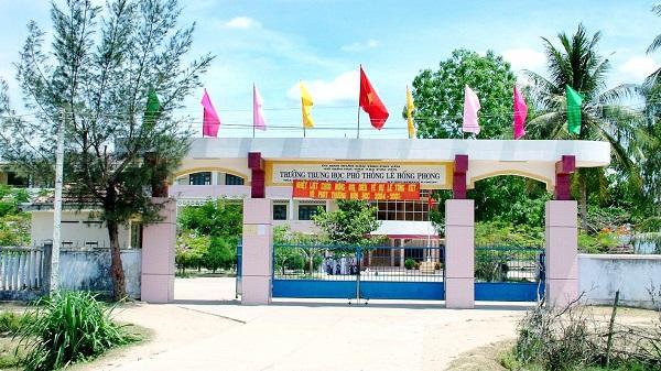Phú Yên: Thêm một trường THPT được công nhận đạt chuẩn quốc gia