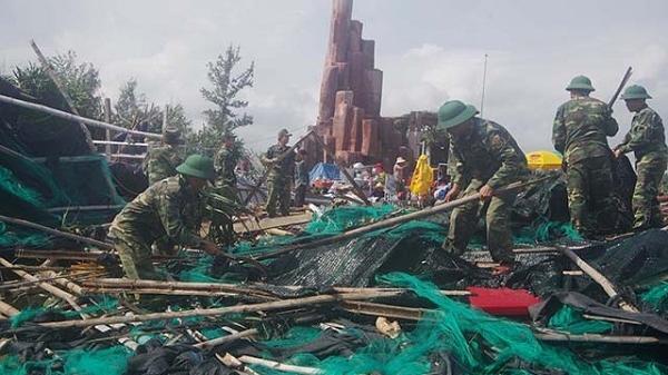 Khẩn trương giúp người dân bị thiệt hại do lốc xoáy tại Phú Yên