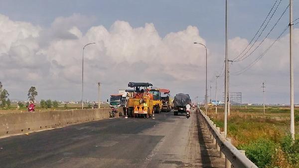 Bộ GTVT yêu cầu khẩn trương sửa chữa QL1A qua Phú Yên