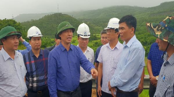 'Cấm cửa' nhà thầu 'vô cảm' chậm vá ổ gà QL1 Phú Yên