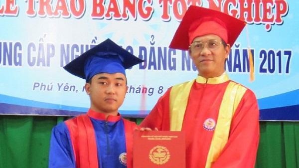 Trường cao đẳng Nghề Phú Yên: Hơn 160 học sinh, sinh viên tốt nghiệp trung cấp, cao đẳng nghề