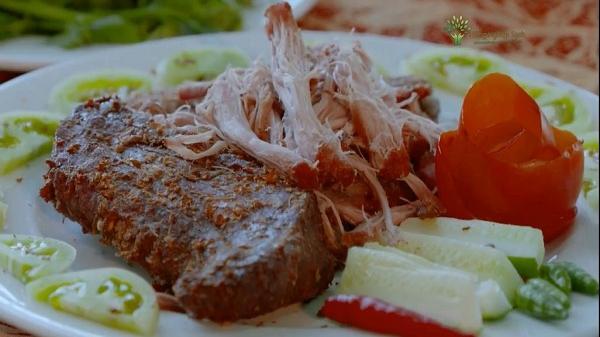 """Đến Phú Yên tìm hiểu bí mật đằng sau tên gọi """"thịt bò một nắng hai sương"""""""