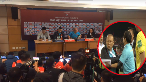 Thầy Park bất ngờ tiết lộ về vụ đ.ụng ch.ạm với BHL Thái Lan: 'Trong quá trình chỉ đạo, tôi thấy anh ta (trợ lý đội Thái Lan) thỉnh thoảng cười mỉa tôi'