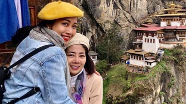 """Ốc Thanh Vân chia sẻ clip chuyến đi tới miền hạnh phúc với Mai Phương: """"Lúc cầu nguyện, nước mắt rơi không ngừng em ơi"""""""