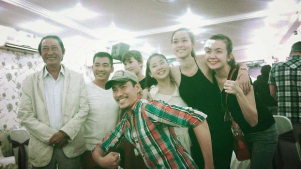 Khoảnh khắc cố diễn viên Lê Bình và Mai Phương 5 năm trước được chia sẻ lại: Họ đều đã ra đi vì ung thư phổi, nhìn nụ cười mà xót xa