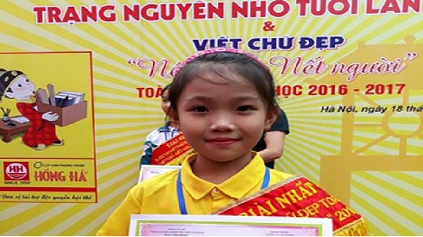 Cô bé giành giải nhất chữ đẹp toàn quốc