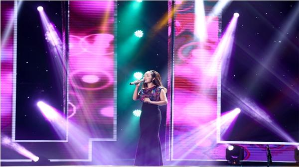 Thần tượng Bolero: Cô gái 'điệu chảy nước' về đội HLV Lệ Quyên