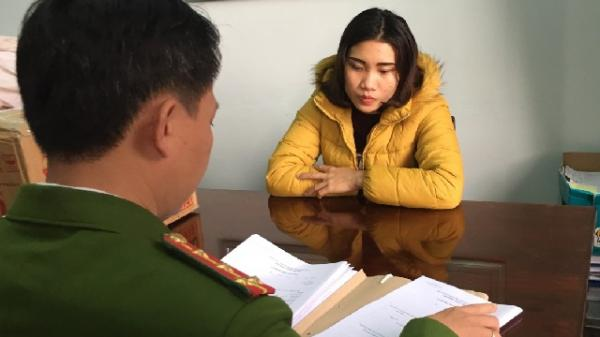 Quảng Bình: Bắt cô gái 9X chở gần 1 tạ pháo trên đường đi tiêu thụ