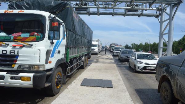 Sẽ miễn giảm phí đường bộ cho một số phương tiện qua trạm Quán Hàu và Tasco