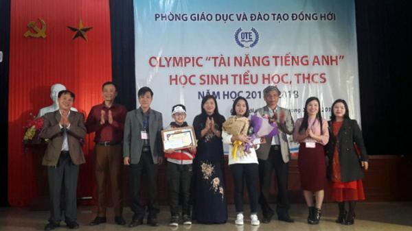 2 thí sinh giành giải nhất tại hội thi Olympic 'Tài năng tiếng Anh' TP. Đồng Hới