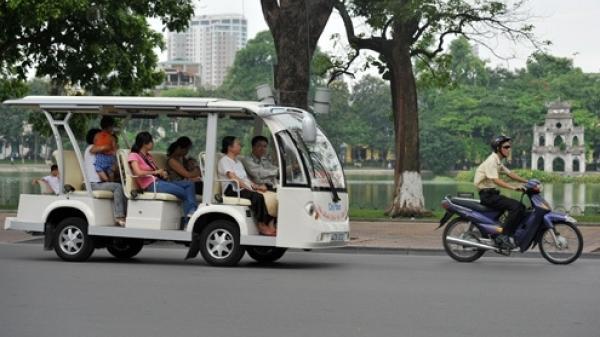 Từ tháng 3/2018, thí điểm sử dụng xe ô tô điện 4 bánh kinh doanh vận chuyển khách du lịch ở thành phố Đồng Hới