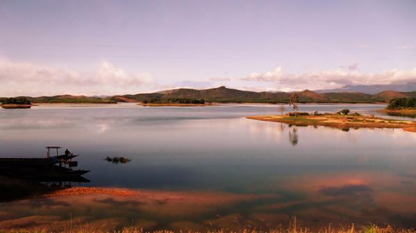 Du lịch sinh thái trên quê lúa Lệ Thủy