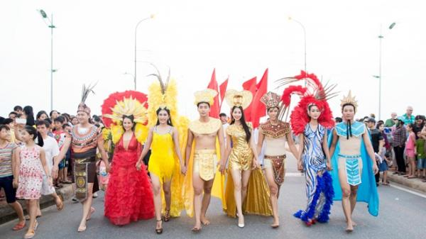 Khán giả sẽ được thưởng thức một lễ hội Carnaval như đang đi cùng dòng lịch sử