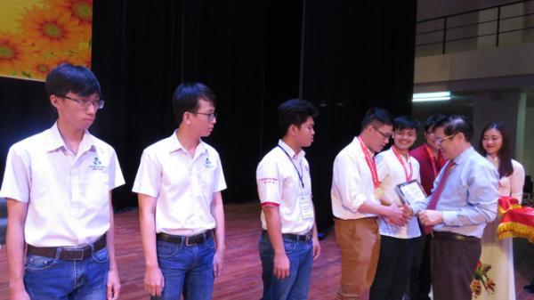 Quảng Bình giành 4 giải tại kỳ thi Olympic Toán học sinh viên và học sinh toàn quốc lần thứ 26
