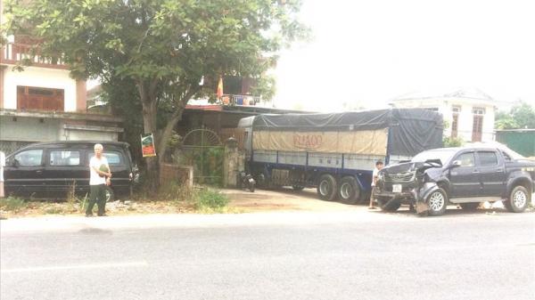 Quảng Bình: Bị tông chết khi đang đứng chờ sửa xe