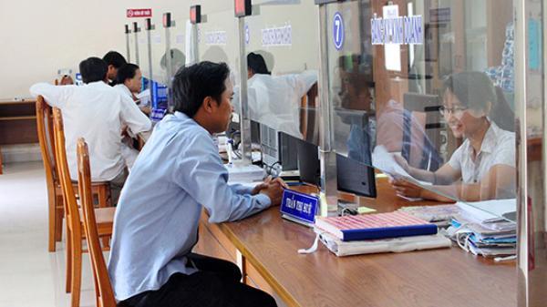 Công chức Quảng Bình phải xin lỗi nếu làm chậm thủ tục hành chính