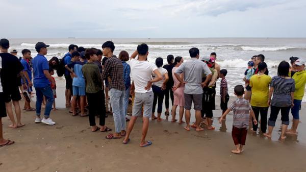 Quảng Bình: Thanh niên 30 tuổi mất tích khi tắm biển