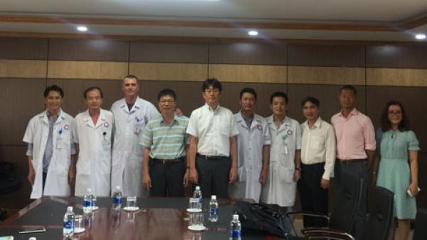 Bệnh viện hữu nghị Việt Nam Cu Ba Đồng Hới (Quảng Bình): Tiếp nhận kỹ thuật can thiệp tim mạch từ chuyên gia y tế Nhật Bản