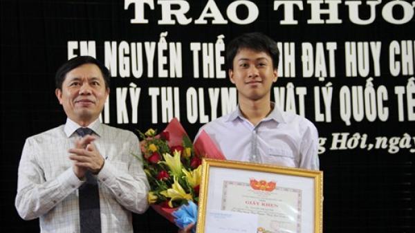 Quảng Bình: Nguyễn Thế Quỳnh tiếp tục được tuyên dương