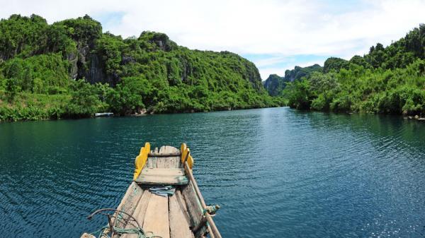 Tới Quảng Bình nghe truyền thuyết về dòng sông Son