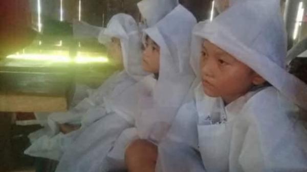 Quảng Bình: Bố mất, 3 em nhỏ có nguy cơ thất học