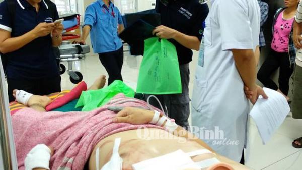 Điều chuyên cơ chuyển bệnh nhân từ Quảng Bình về Singapore điều trị