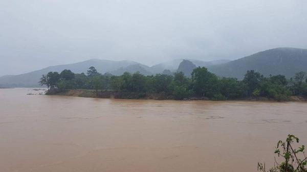 Cảnh báo lũ trên các sông từ Nghệ An đến Quảng Bình