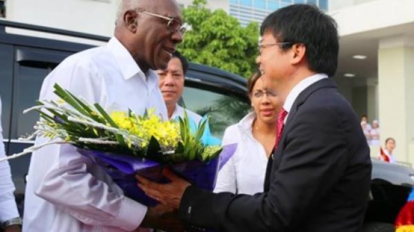 Đoàn đại biểu Đảng, nhà nước Cuba thăm Quảng Bình