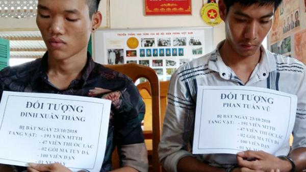 Quảng Bình: Giấu ma túy dưới ghế tài xế, xe khách tìm cách lọt qua cửa khẩu Cha Lo