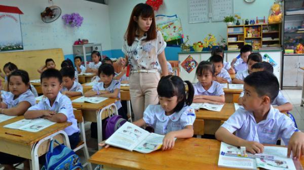Đề xuất 5 năm tới, không tuyển mới giáo viên dạy tiểu học trình độ trung cấp, cao đẳng