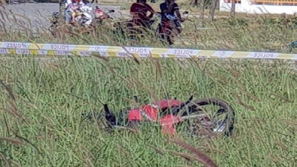 Phát hiện th.i th.ể nam thanh niên quê Quảng Bình bên cạnh xe máy