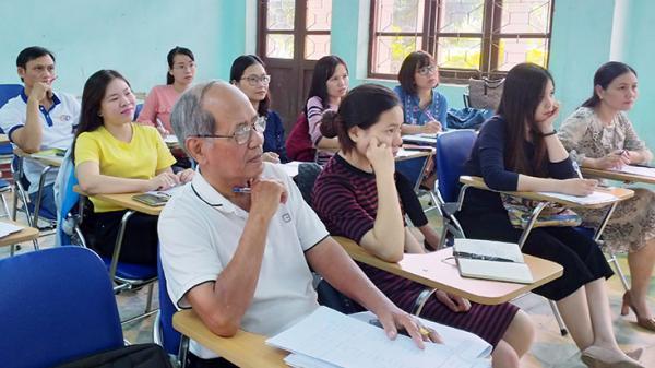 Quảng Bình: Người sinh viên đặc biệt tuổi 75