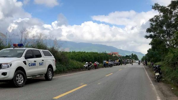 Quảng Bình: Ôtô tải lấn làn tông xe máy ngược chiều, 2 cha con th.iệt m.ạng