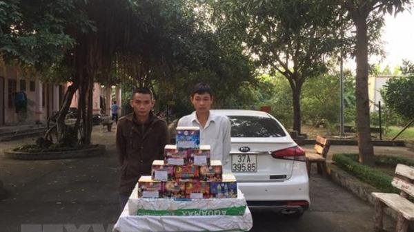 B.ắt đường dây buôn bán pháo nổ từ Quảng Bình ra Nghệ An