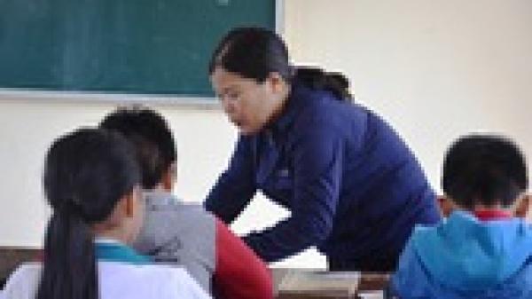 """Cô giáo """"ép"""" cả lớp tát học sinh 231 cái đã nhập viện cấp cứu"""
