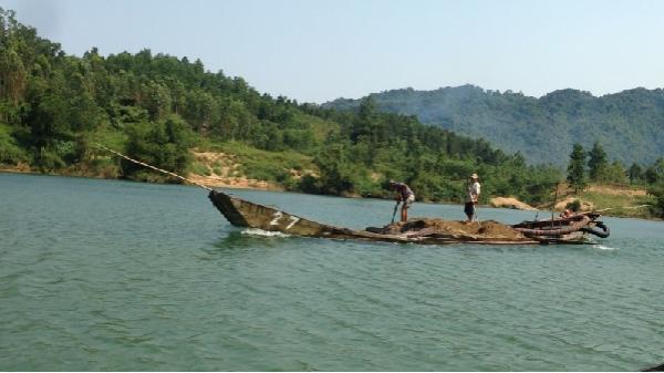Quảng Bình: Dân chủ trong việc cấp phép khai thác cát sỏi lòng sông Long Đại