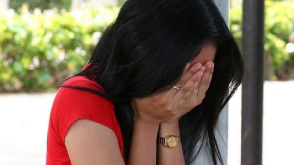 Nữ đại gia khóc ròng sau cú lừa ngoạn mục của con dâu
