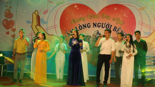 """Quảng Bình: Quyên góp hơn 300 triệu đồng từ đêm nhạc """"Ấm lòng người bệnh"""""""