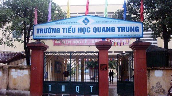 Cô giáo Hà Nội bị tố bắt học sinh lớp 2 tát bạn 50 cái