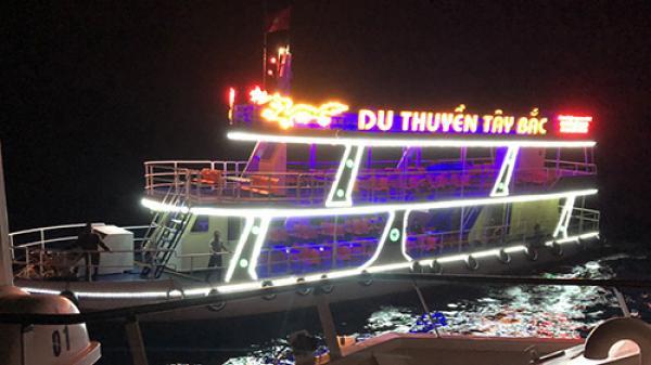 Du thuyền gặp nạn trên biển Quảng Bình