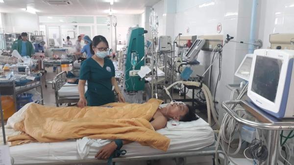 Sau tiệc Noel, 3 người đàn ông ở Quảng Trị rơi vào hôn mê vì ngộ đ.ộc rượu
