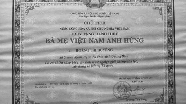 Quảng Bình có một Bà mẹ Việt Nam anh hùng mưu trí dũng cảm c,ướp s,úng đ,ịch